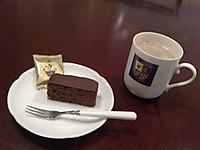 Nec_0052_20130318_chocolate_cake