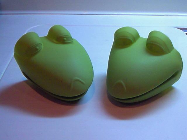 ひと休み 〜2匹の蛙達〜