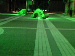 サントリーホール前カラヤン広場のオブジェ