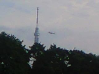 スカイツリーと飛行船