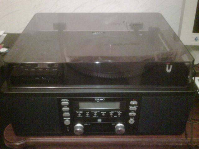 LP盤もSP盤も再生可能なプレイヤー